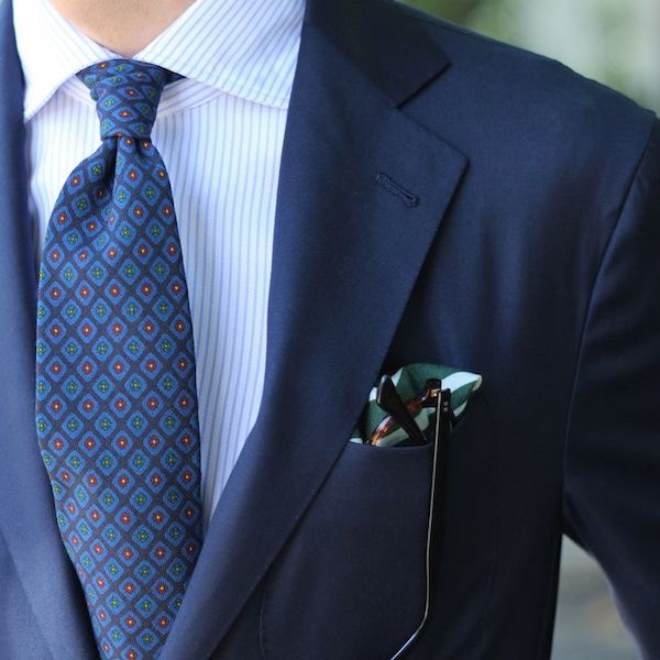 How to match ties to suits and shirts the distilled man Blue suit shirt tie combinations
