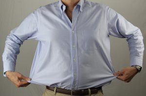 shirts with excess fabric around the waist are harder to tuck