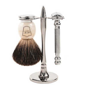 safety razor kit with safety razor and badger brush