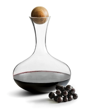 glass wine carafe with oak stopper