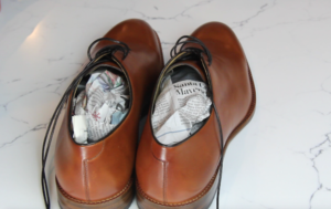 using newspaper instead of shoe trees